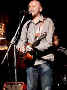 Dave Robertson Kiss List Live Gaslight Club Ronnie Nights Image