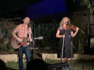 Photo of Dave and Rachel a backyard